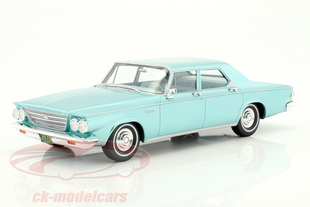 bos-models-1-18-chrysler-newport-4-door-sedan-annee-de-construction-1963-brillant-vert-metallique-bos315/