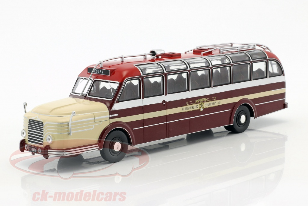 ixo-1-43-krupp-titan-080-bus-year-1951-dark-red-beige-bus010/