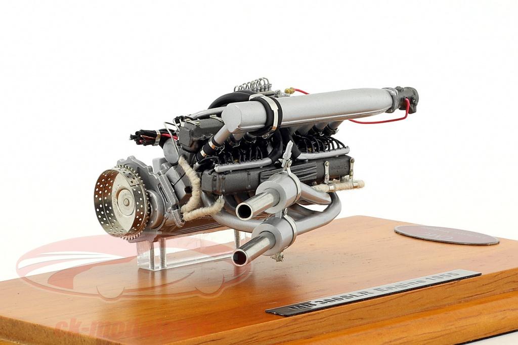 cmc-1-18-mercedes-benz-300-slr-unidad-de-motor-1955-showcase-m-120/