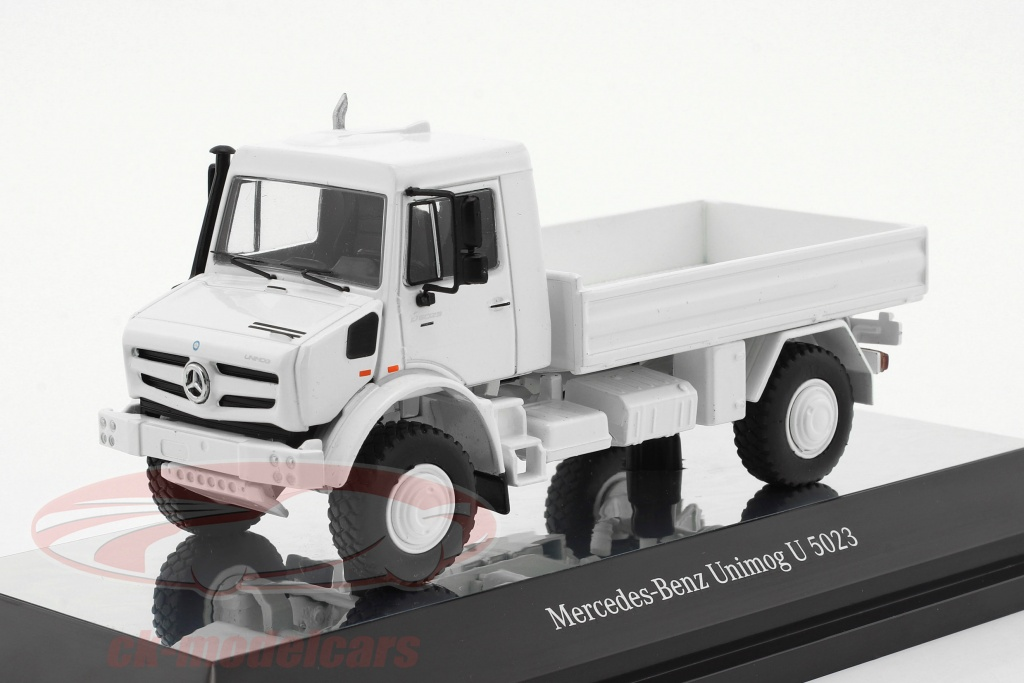 nzg-1-50-mercedes-benz-unimog-u-5000-with-plans-white-9111-40/