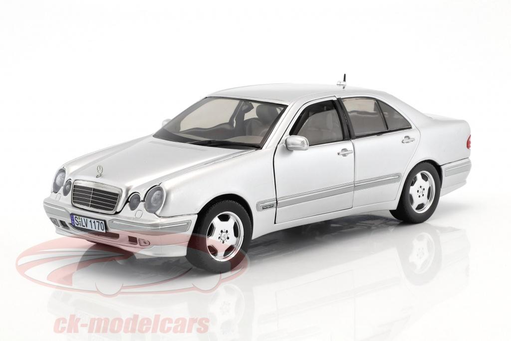 sun-star-models-1-18-mercedes-benz-e320-anno-di-costruzione-2001-argento-1170/