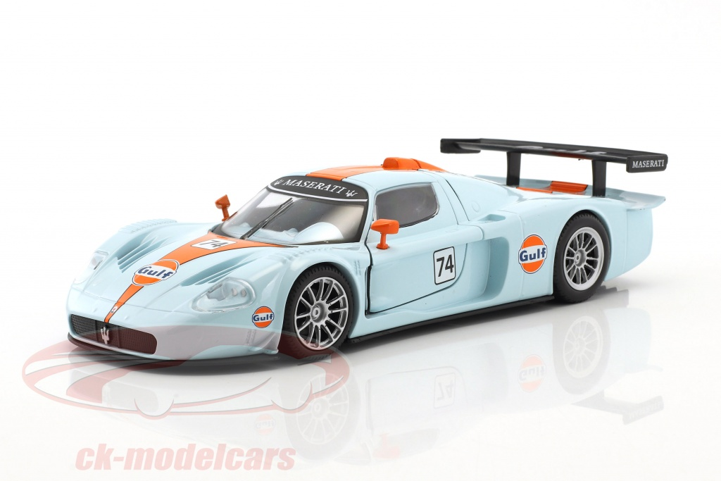 motormax-1-24-maserati-mc12-corsa-no74-gulf-blue-orange-79643/