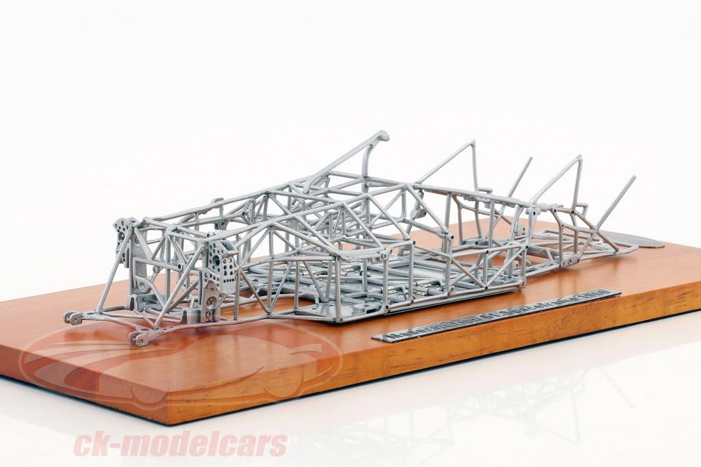 cmc-1-18-maserati-tipo-61-birdcage-ano-de-construcao-1960-space-frame-m-122/