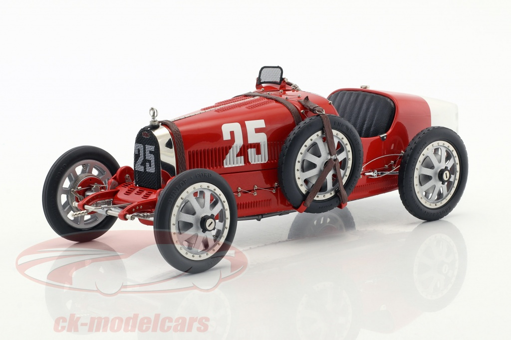 cmc-1-18-bugatti-type-35-grand-prix-no25-nation-colour-project-portugal-m-100-b-009/