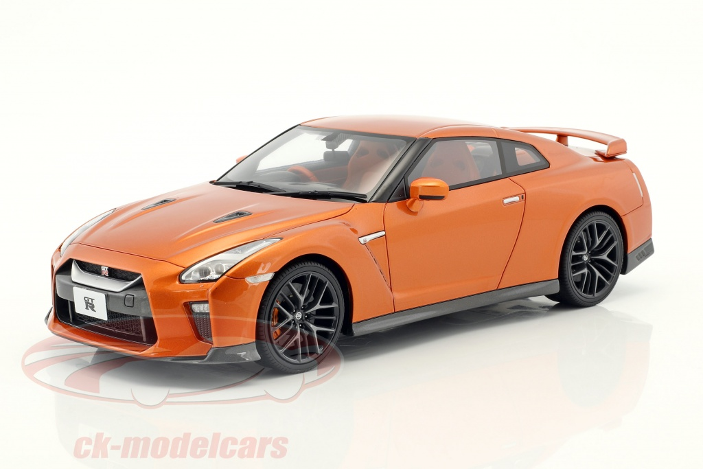 kyosho-1-18-nissan-gt-r-r35-orange-metallic-ksr18020or/
