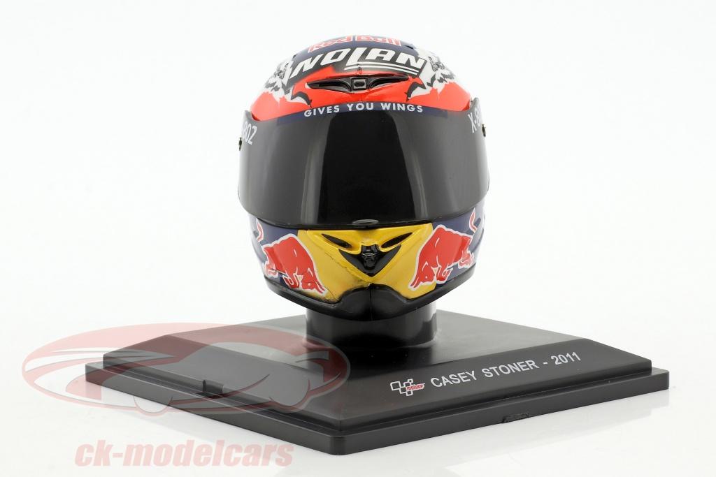 altaya-1-5-casey-stoner-campione-del-mondo-motogp-2011-casco-gc007-mag-kh04/
