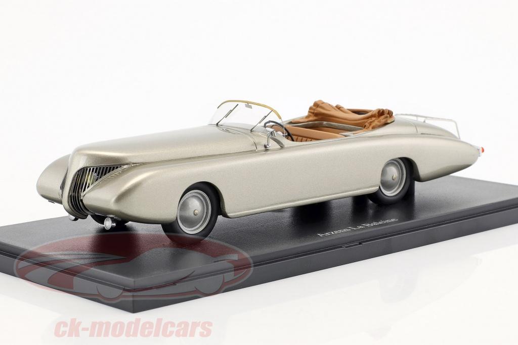 autocult-1-43-arzens-la-baleine-baujahr-1938-silber-04017/