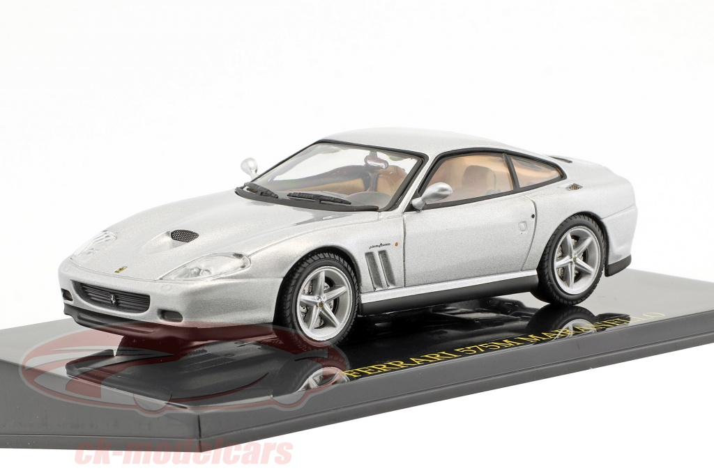 altaya-1-43-ferrari-575m-maranello-silver-with-showcase-ck47111/