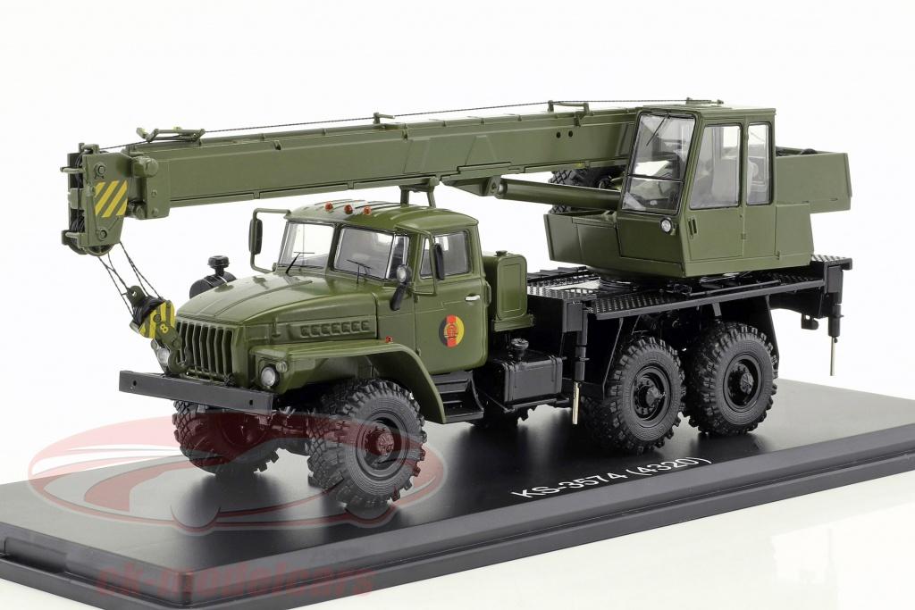 premium-classixxs-1-43-ural-4320-nva-kranwagen-oliv-gruen-pcl47046/