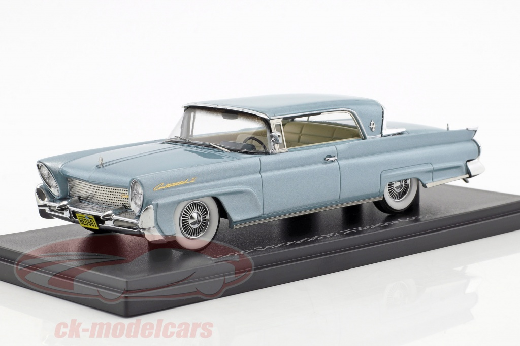neo-1-43-lincoln-continental-mk-iii-hardtop-coupe-year-1958-light-blue-metallic-neo46001/