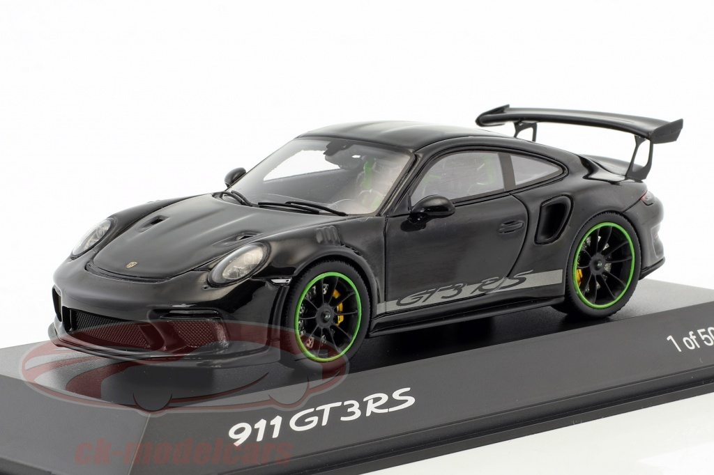 spark-1-43-porsche-911-991-gt3-rs-weissach-package-year-2018-black-wax02020083/