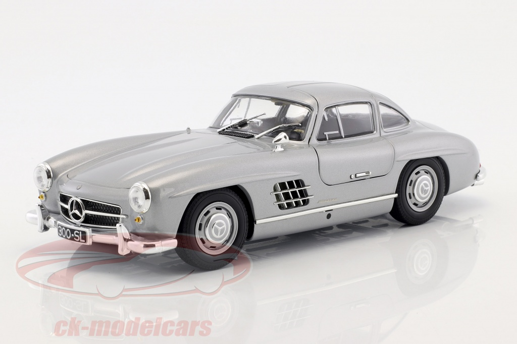 minichamps-1-18-mercedes-benz-300-sl-w198-gullwing-construction-year-1955-silver-metallic-110037210/