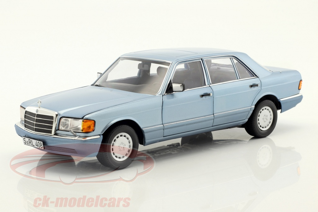 norev-1-18-mercedes-benz-560-sel-w126-baujahr-1991-pearl-blau-metallic-183464/