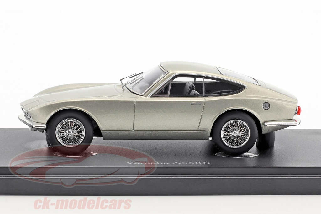 AutoCult 1:43 Yamaha A550X year 1964 silver gray metallic 06030