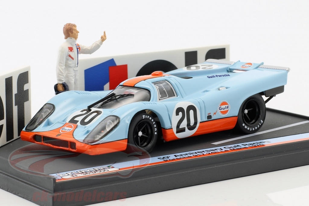 brumm-1-43-porsche-917k-no20-50th-anniversary-gulf-racing-24h-lemans-1970-with-figure-advertising-board-s18-01/