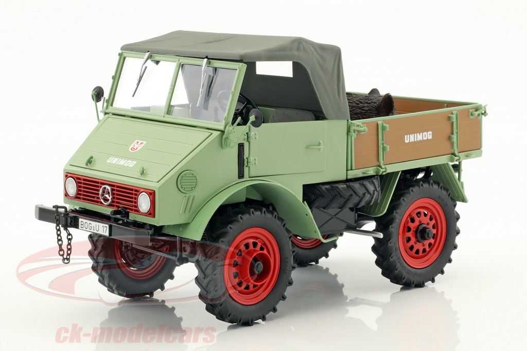 schuco-1-18-mercedes-benz-unimog-401-con-cinghiale-verde-450014700/