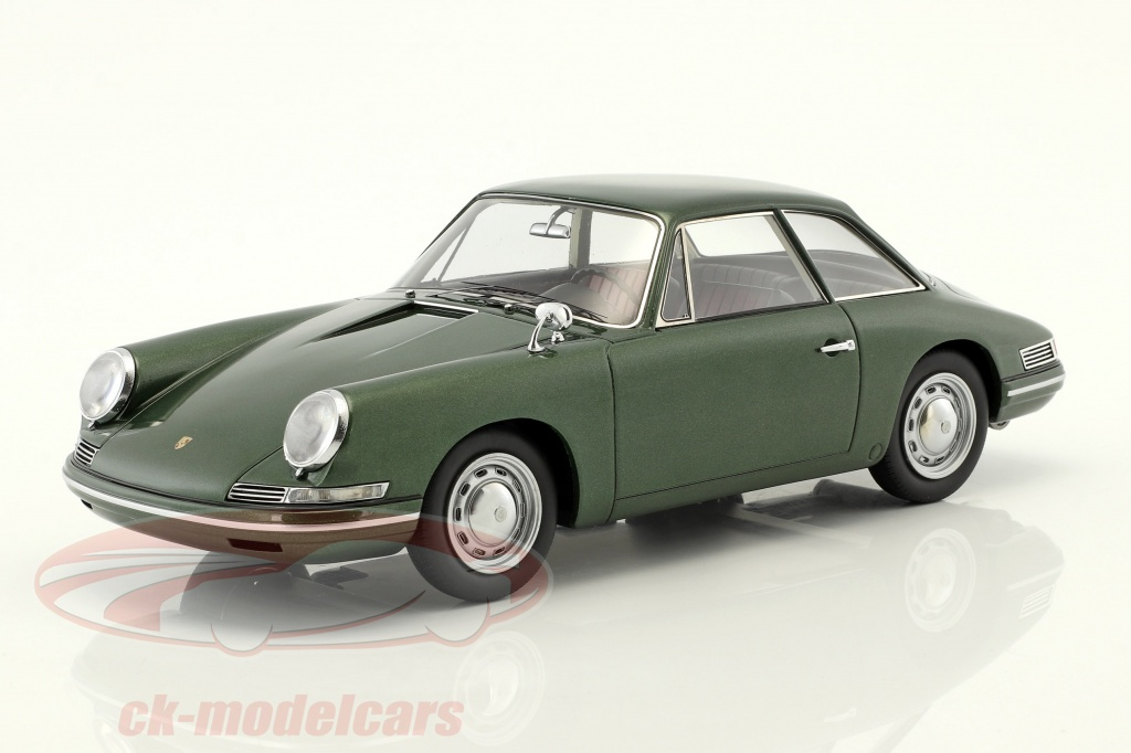autocult-1-18-porsche-754-t7-coupe-prototipo-1959-verde-metalico-con-escaparate-90058/