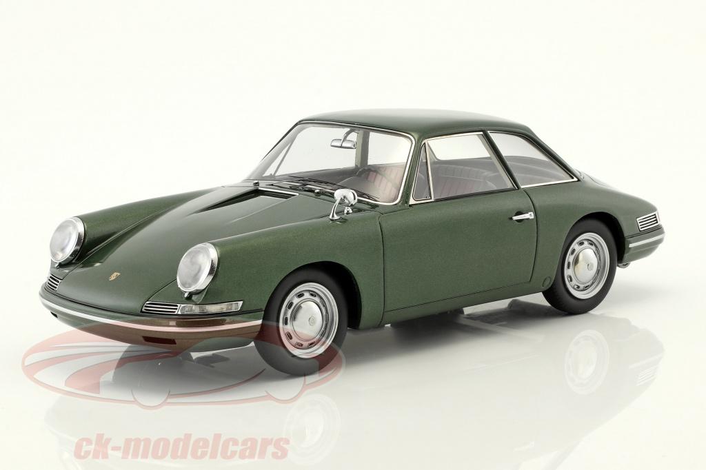 autocult-1-18-porsche-754-t7-coupe-prototype-1959-green-metallic-with-showcase-90058/