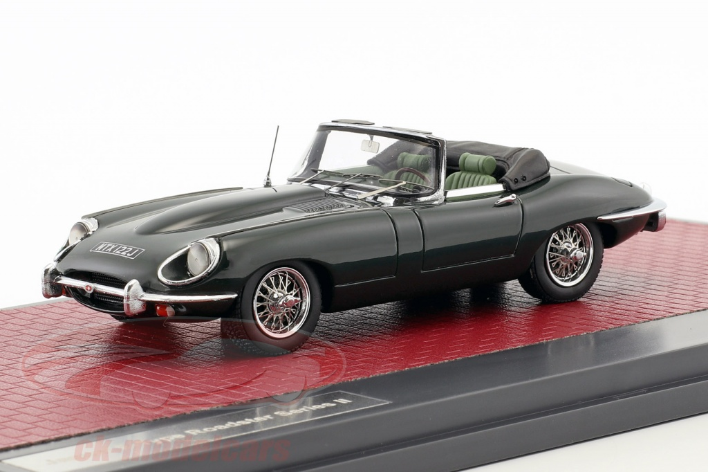 matrix-1-43-jaguar-e-type-sii-roadster-annee-de-construction-1970-vert-fonce-metallique-mx11001-042/