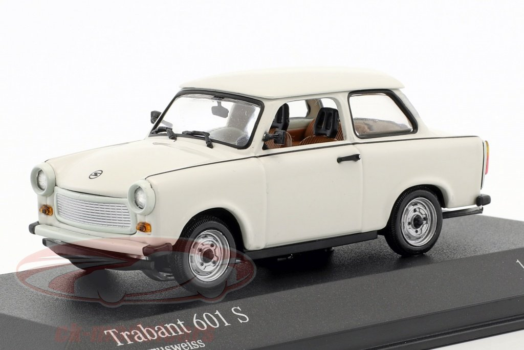 minichamps-1-43-trabant-601-s-year-19641990-papyrus-white-false-overpack-ck50906/