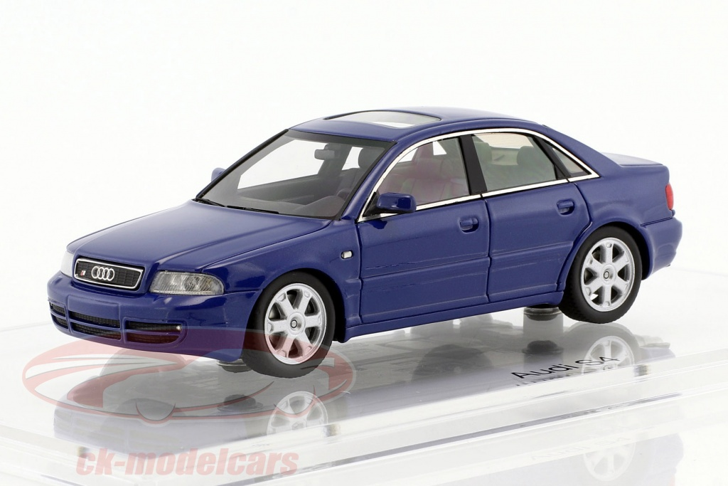 dna-collectibles-1-43-audi-s4-b5-ano-de-construcao-1997-nogaro-azul-dna000017/