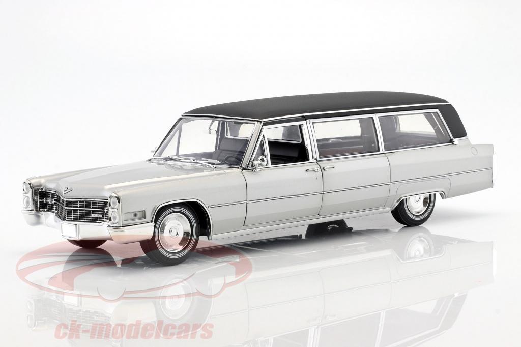 greenlight-1-18-cadillac-ss-limousine-ano-de-construccion-1966-plata-negro-pc18005/