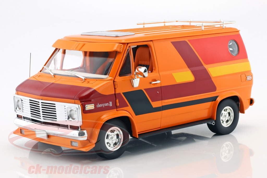 greenlight-1-18-chevrolet-serie-g-van-annee-de-construction-1976-orange-rouge-jaune-hwy18012/
