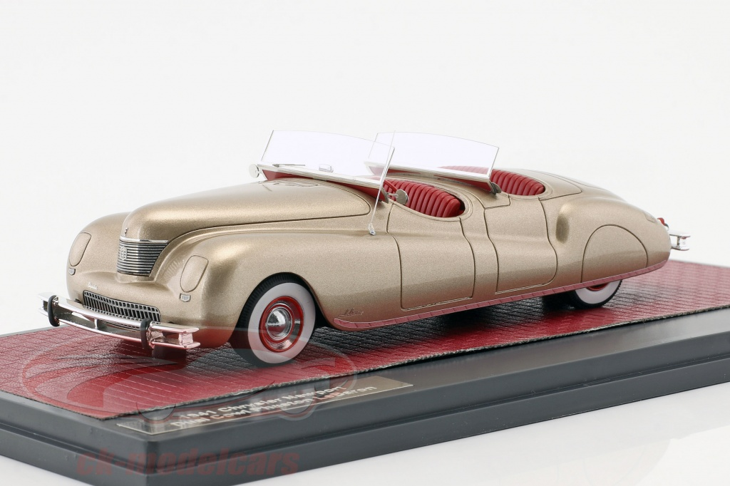 matrix-1-43-chrysler-newport-dual-cowl-phaeton-lebaron-annee-de-construction-1941-or-metallique-mx20303-022/