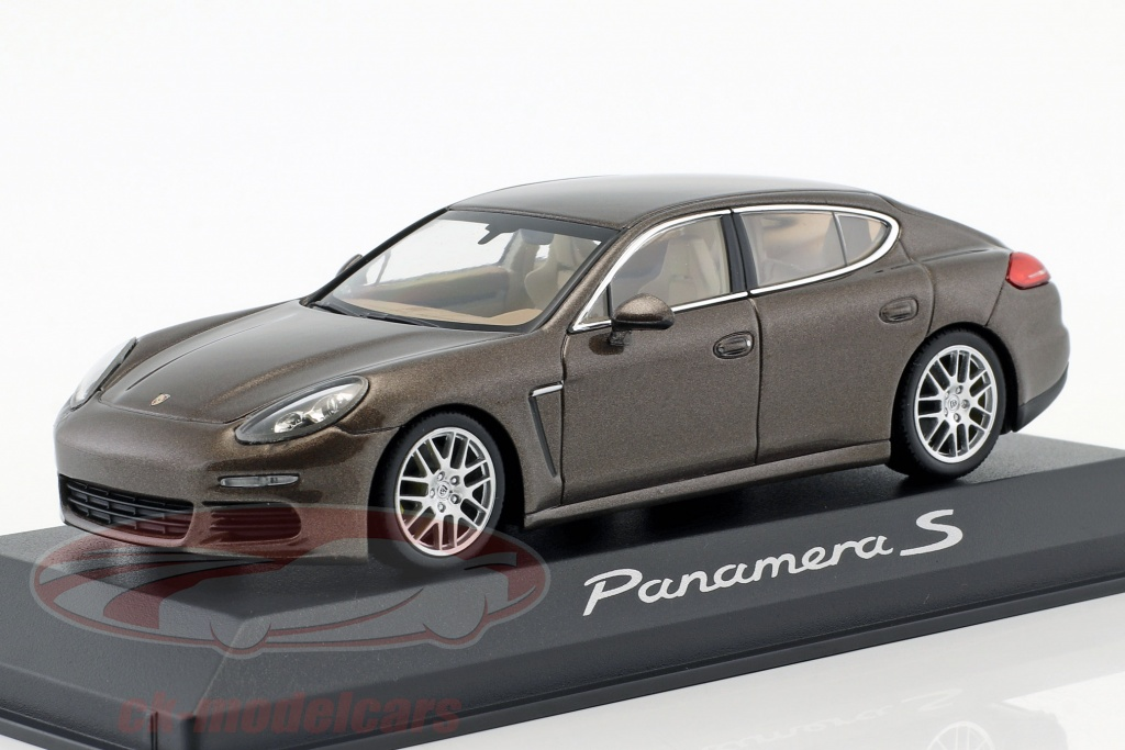 Porsche Panamera Turbo S 2014 grau 1//43 Minichamps WAP0206800E