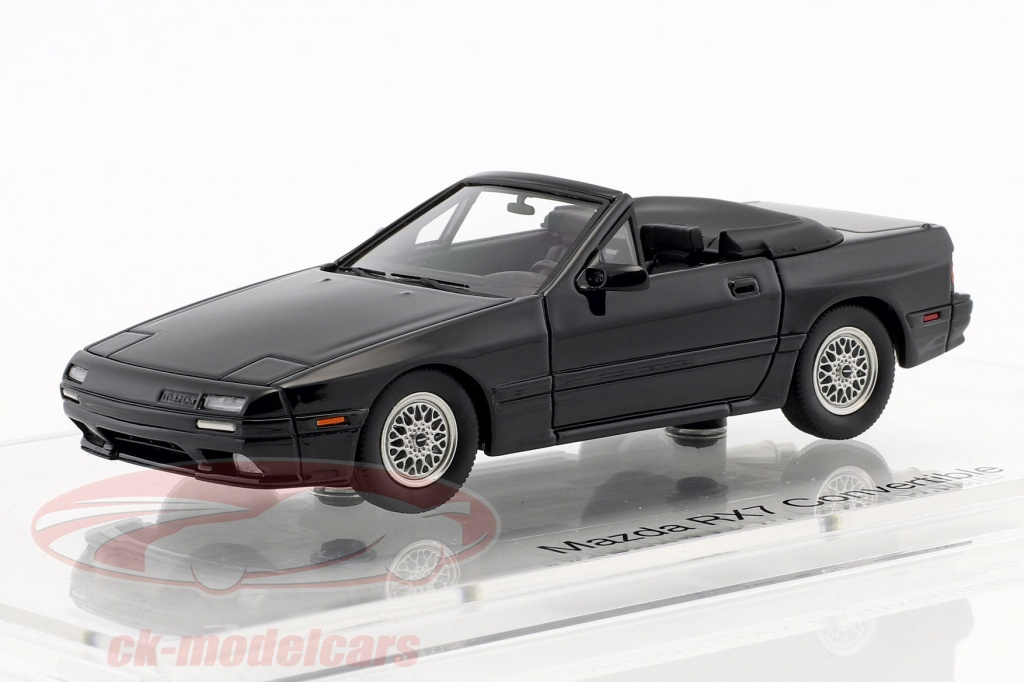 dna-collectibles-1-43-mazda-rx-7-cabriolet-opfrselsr-19891991-sort-dna000018/
