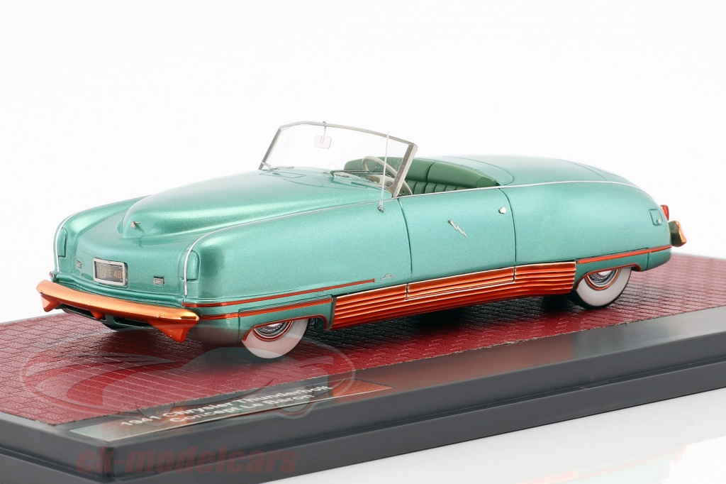 matrix-1-43-chrysler-thunderbolt-concept-le-baron-open-top-year-1941-green-metallic-mx20303-031/
