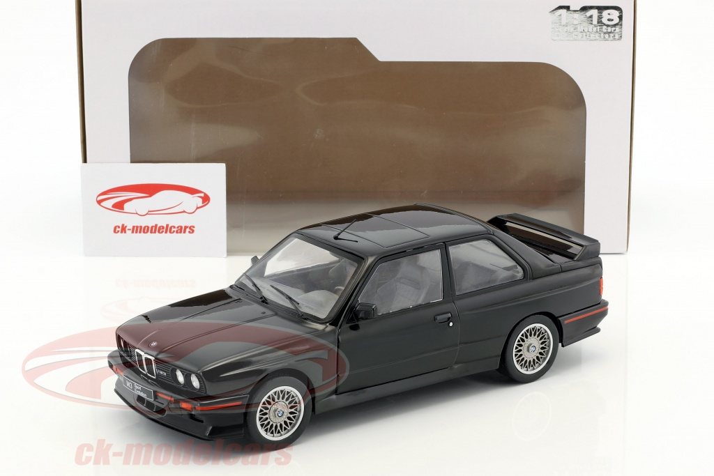 solido_1_18_bmw_m3_e30_sport_evolution_b