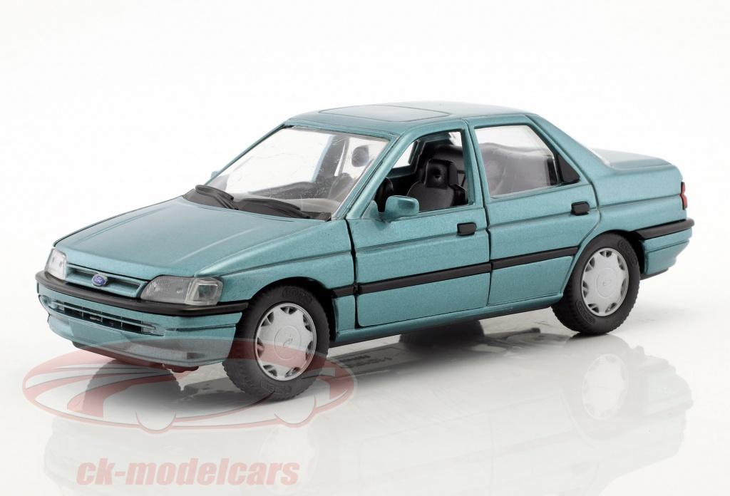 schabak-1-24-ford-orion-ghia-vert-metallique-schabak10020/