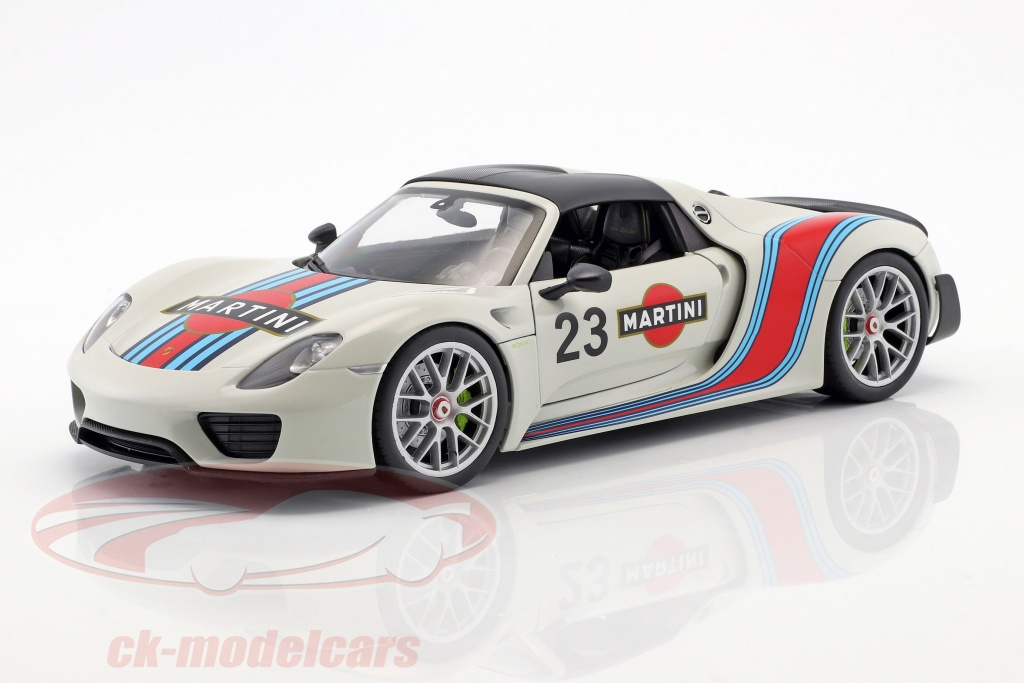 welly-1-18-porsche-918-spyder-no23-martini-design-gr-hvid-rd-bl-map02184918/