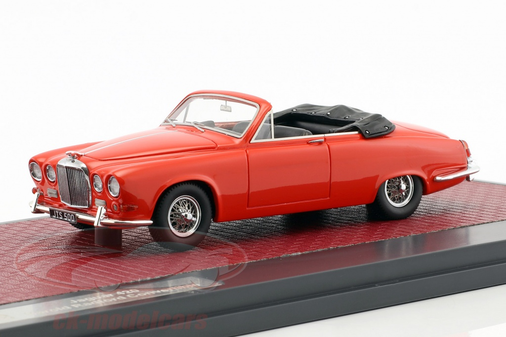 matrix-1-43-jaguar-420-harold-radford-cabriolet-opfrselsr-1967-rd-mx41001-092/