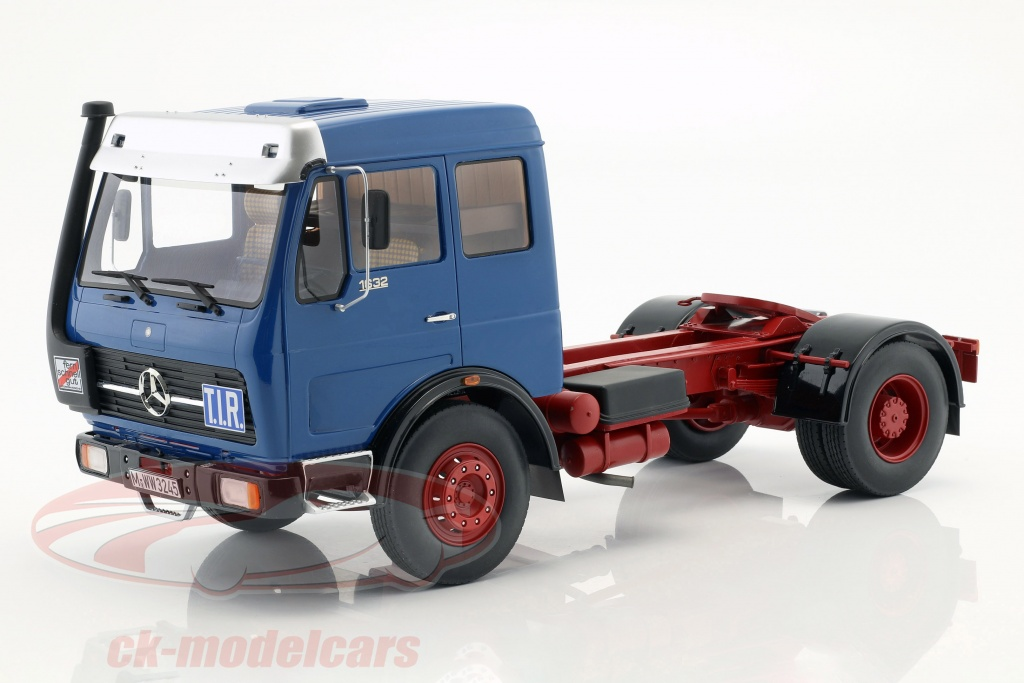 premium-classixxs-1-18-mercedes-benz-ng73-1632-tractor-year-1974-blue-red-pcl30015/