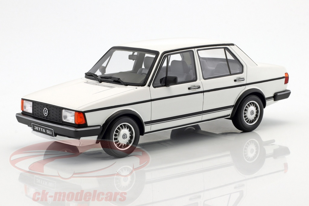 ottomobile-1-18-volkswagen-vw-jetta-mk1-gli-baujahr-1983-alpinweiss-ot291/