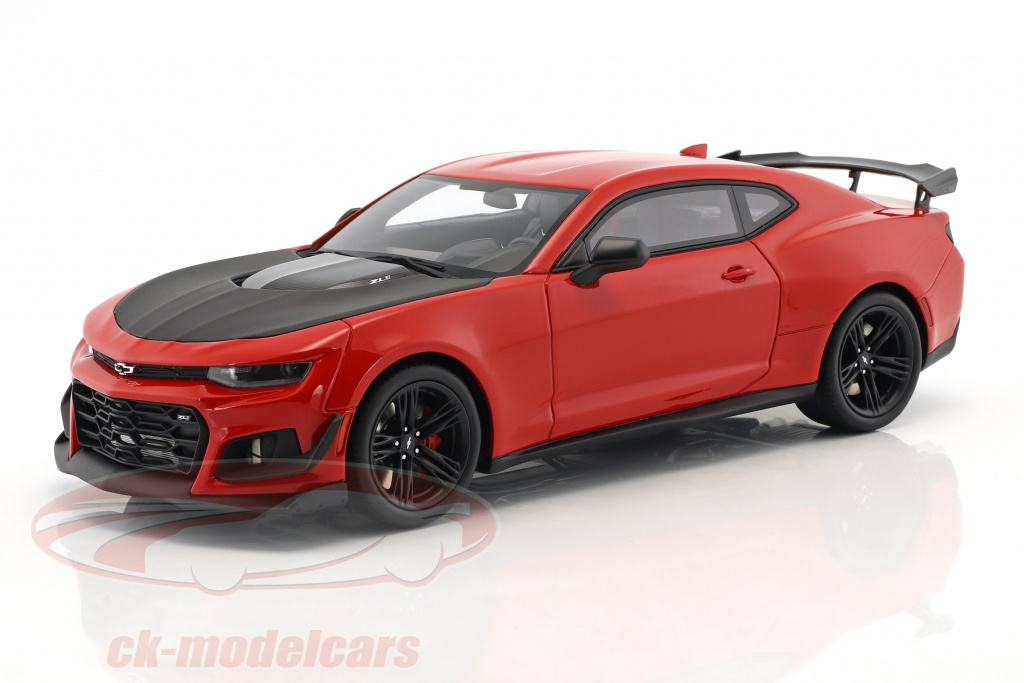 gt-spirit-1-18-chevrolet-camaro-zl1-1le-nuerburgring-record-year-2017-red-gt241/