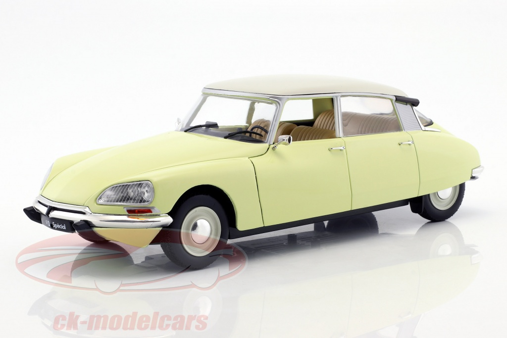 solido-1-18-citroen-d-special-year-19551975-panama-yellow-s1800704/
