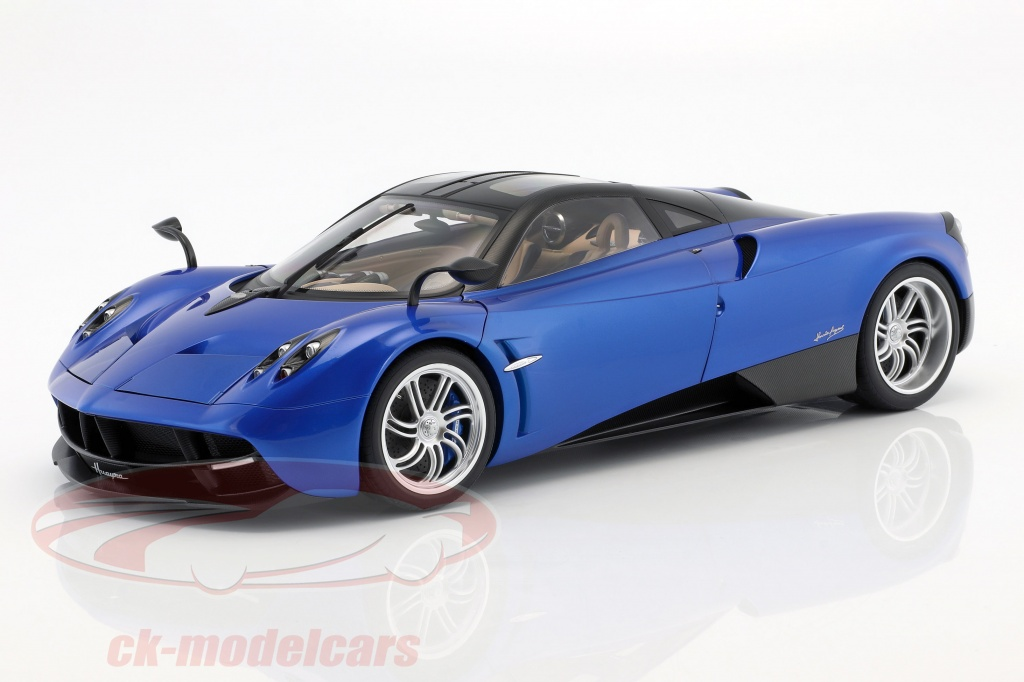 autoart-1-12-pagani-huayra-ano-de-construcao-2011-azul-metalico-12232/