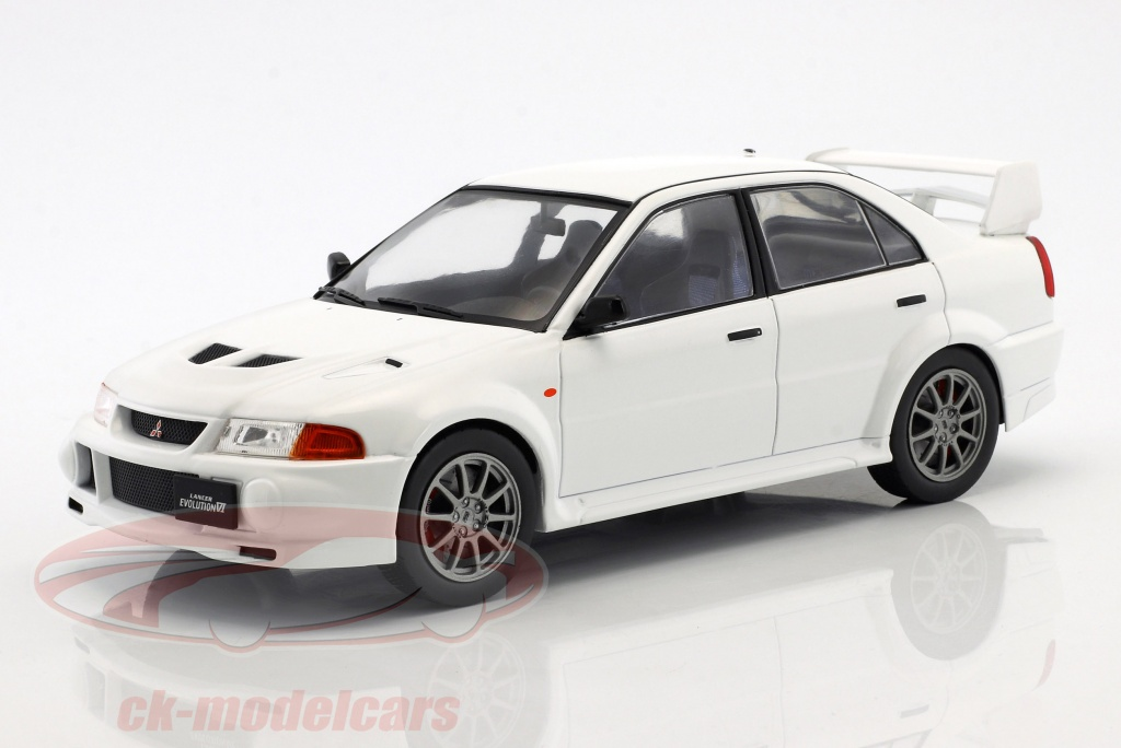 ixo-1-18-mitsubishi-lancer-rs-evolution-vi-bouwjaar-1998-wit-18cmc013/