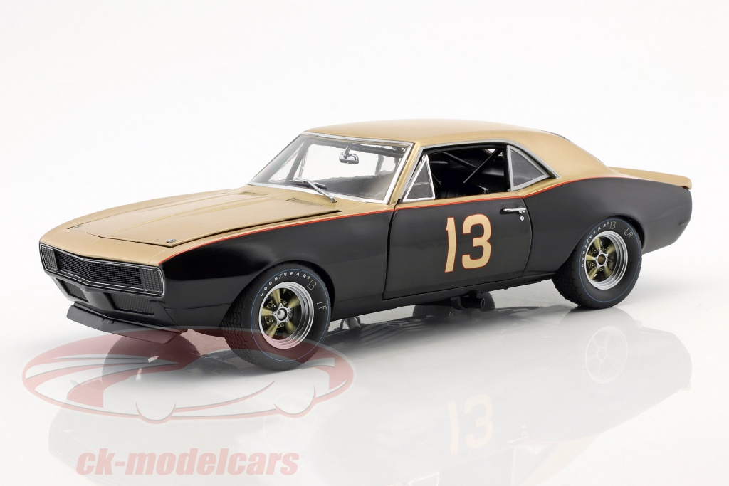 gmp-1-18-chevrolet-camaro-1967-smokey-yunick-bonneville-salt-flats-record-holder-18901/