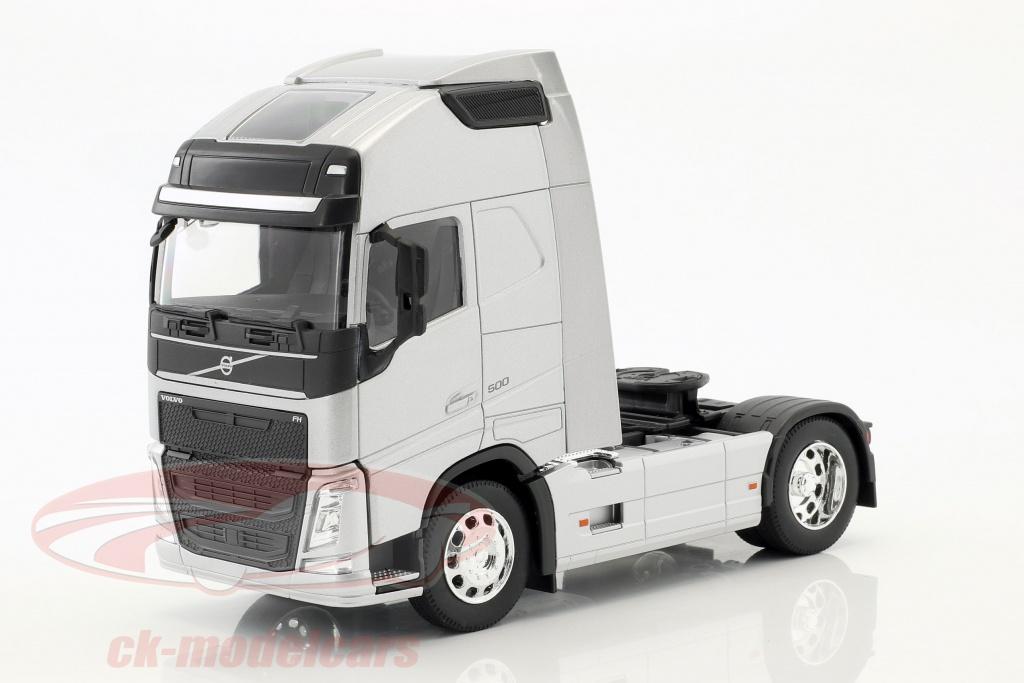 welly-1-32-volvo-fh-4x2-traktor-opfrselsr-2016-slv-metallisk-32690ss/
