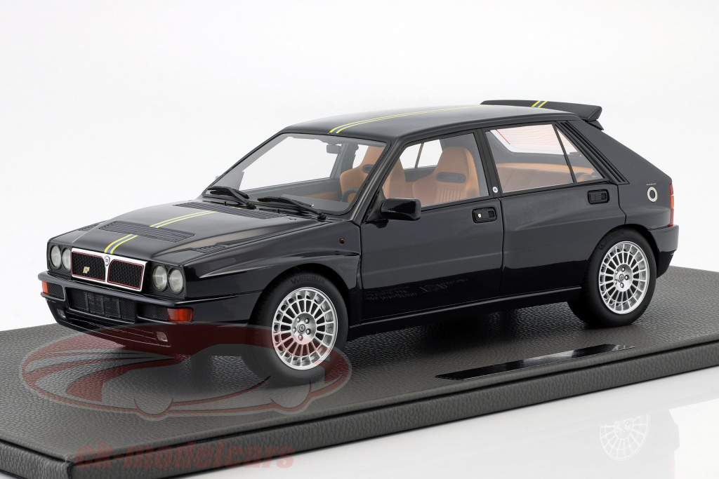 topmarques-1-12-lancia-delta-integrale-evolution-ii-club-hf-bouwjaar-1995-zwart-tm12-01i/
