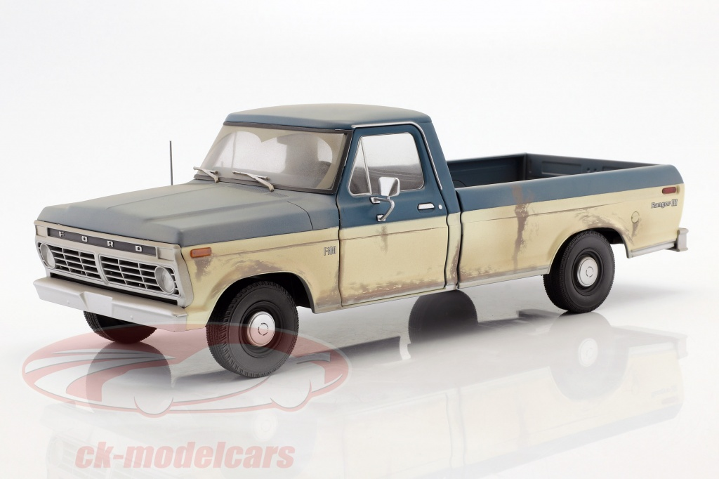 greenlight-1-18-ford-f-100-pick-up-construction-year-1973-tv-series-the-walking-dead-since-2010-12956/