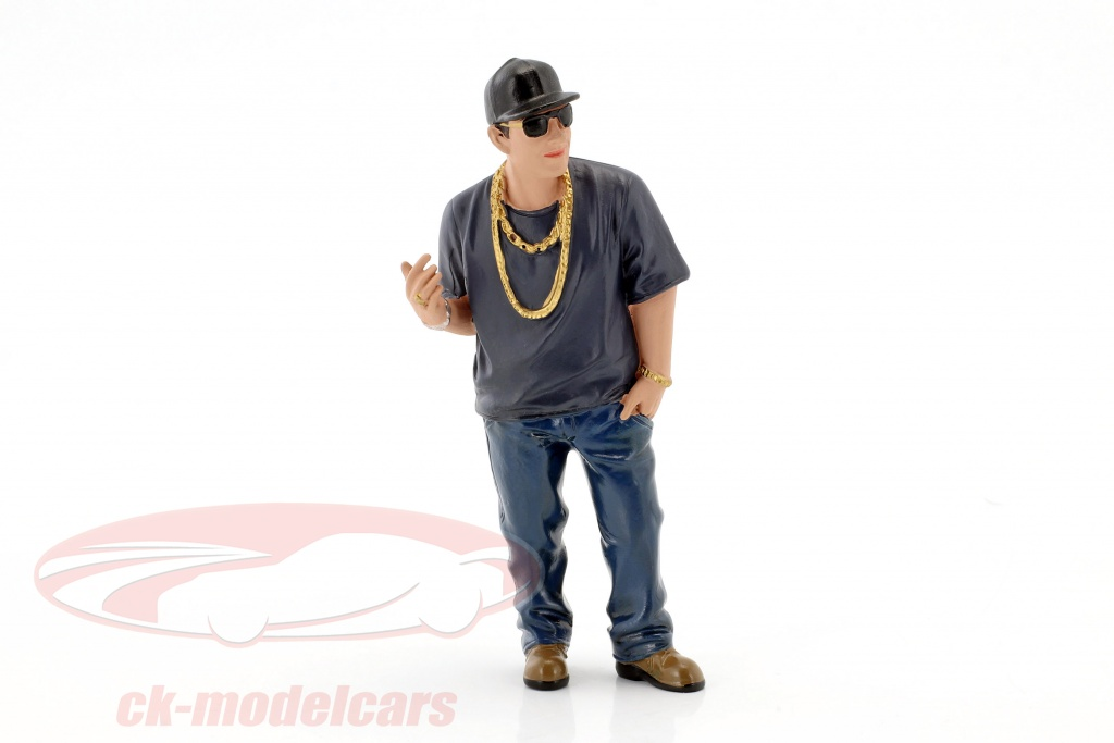 american-diorama-1-18-hanging-out-2-juan-figure-38185/