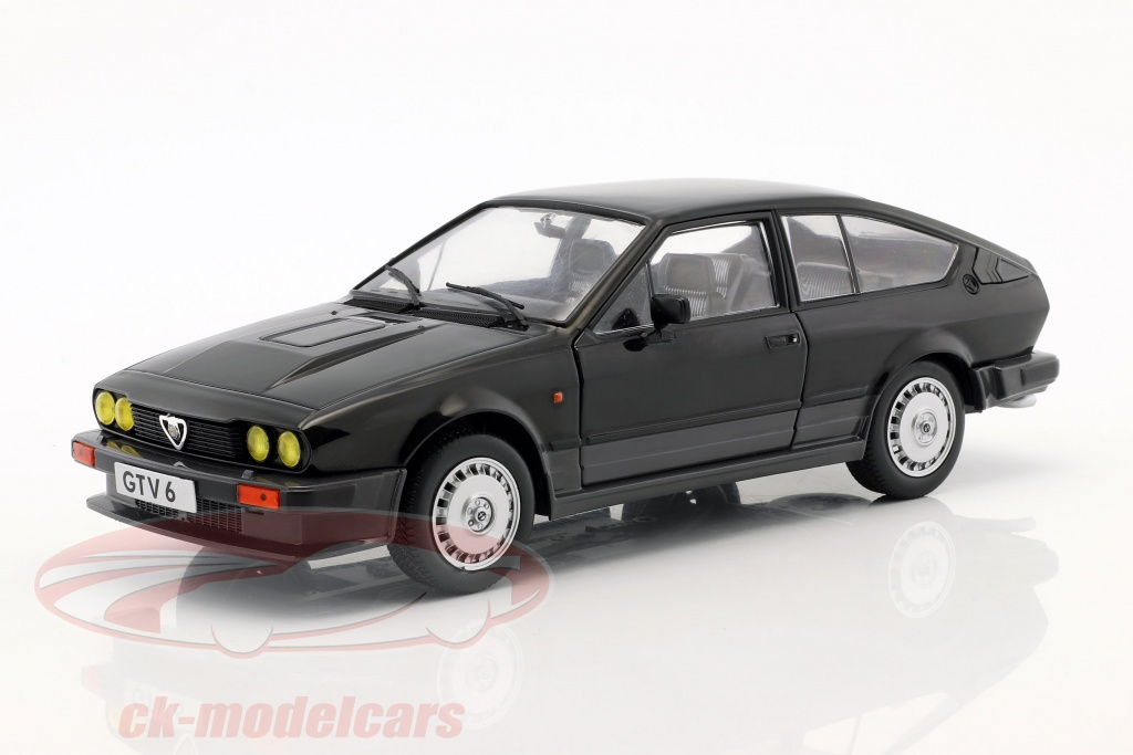 solido-1-18-alfa-romeo-gtv6-year-1984-black-s1802302/