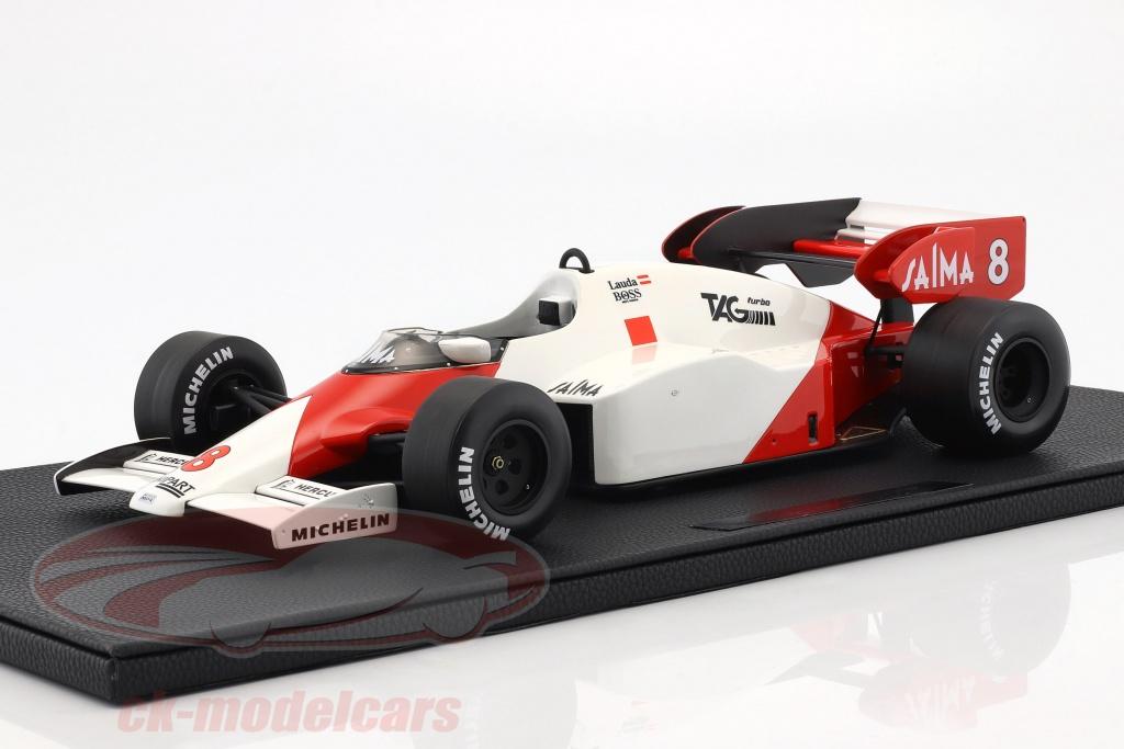 gp-replicas-1-12-niki-lauda-mclaren-mp4-2-no8-world-champion-formula-1-1984-gp12-05a/