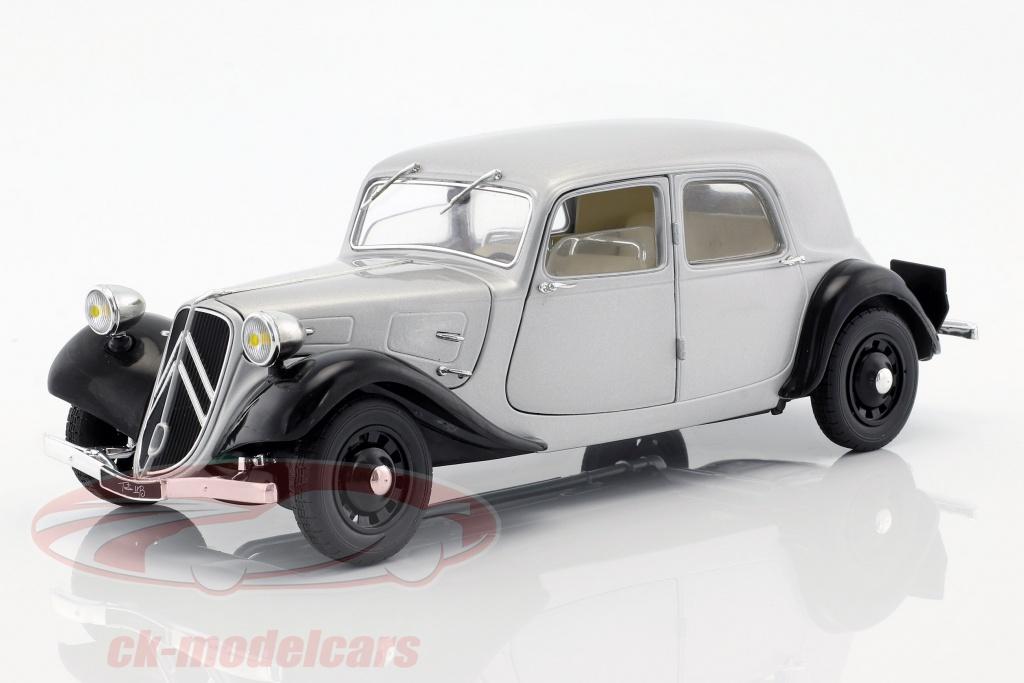 solido-1-18-citroen-traction-11cv-baujahr-1937-silber-schwarz-s1800904/