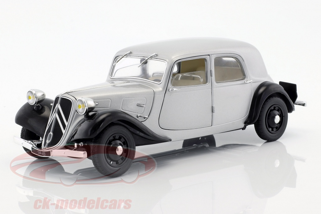 solido-1-18-citroen-traction-11cv-bouwjaar-1937-zilver-zwart-s1800904/